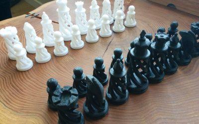 Pièces de jeu d'échec en spirale
